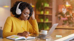 vantagens e desvantagens do ensino a distancia